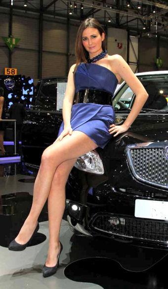 photos hotesses mondial de l 39 auto paris 2012 dates. Black Bedroom Furniture Sets. Home Design Ideas